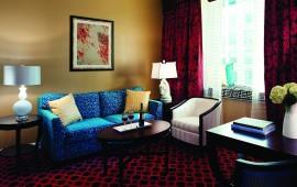 Hotel_Monaco_Chicago_cmn_suite_1860_credit_Kimpton