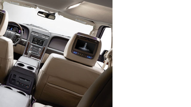 GalleryImage_LincolnNavigator3
