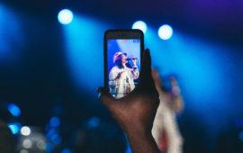 Fans go live on social media during Erykah Badu performance